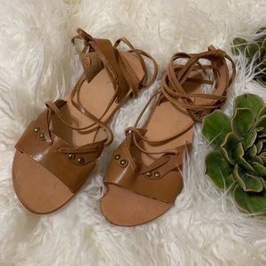 Anthropologie / Urge Tan Ankle Strap Sandal  37
